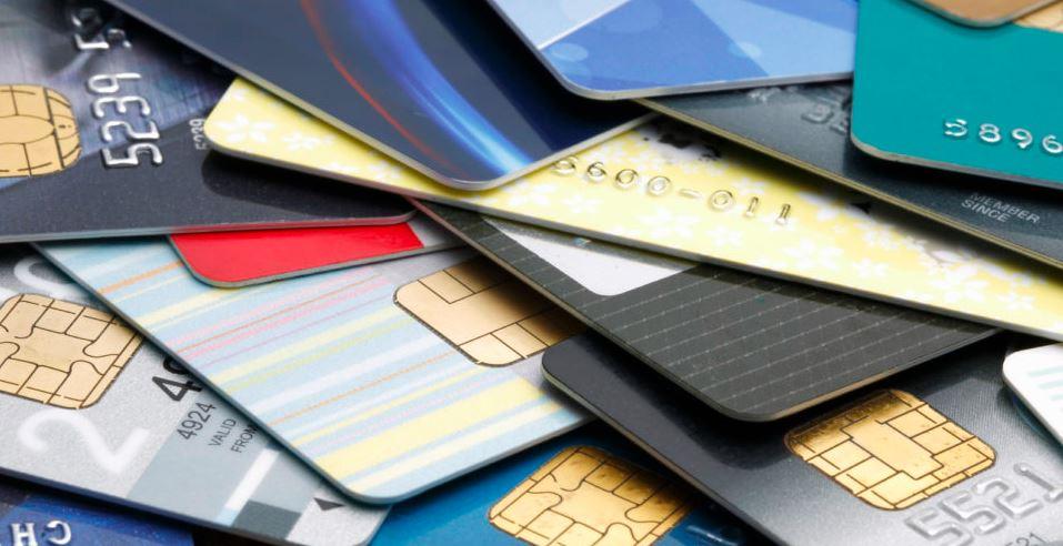 Como saber si una tarjeta es de credito o debito